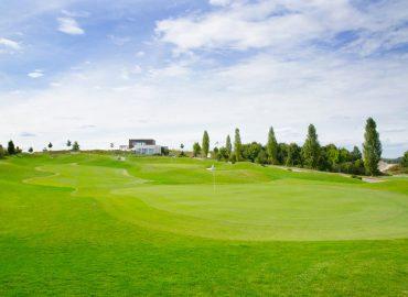 """Green Hill  """"Das Golf-Paradies"""" für Anfänger & Fortgeschrittene direkt vor den Toren Münchens"""""""