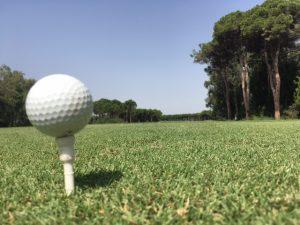 Ball vor Abschlag in Belek - auch unter neuem World Handicap System