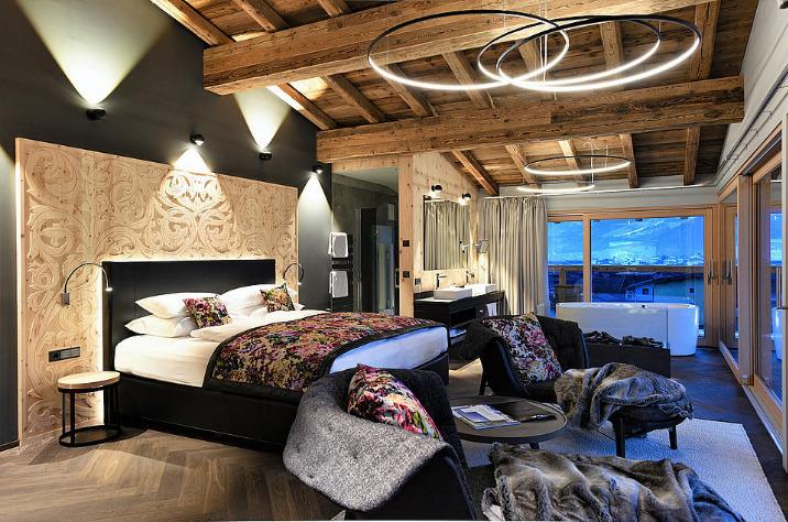 Hotel-Held1