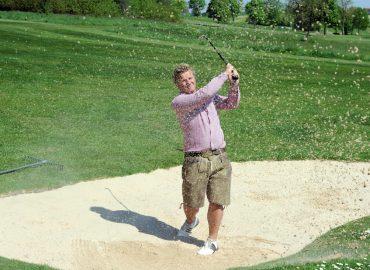 Erst golfen in der Lederhose – dann feiern im Hippodrom