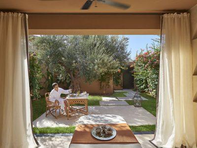 marrakech-luxury-spa-treatment-room-garden